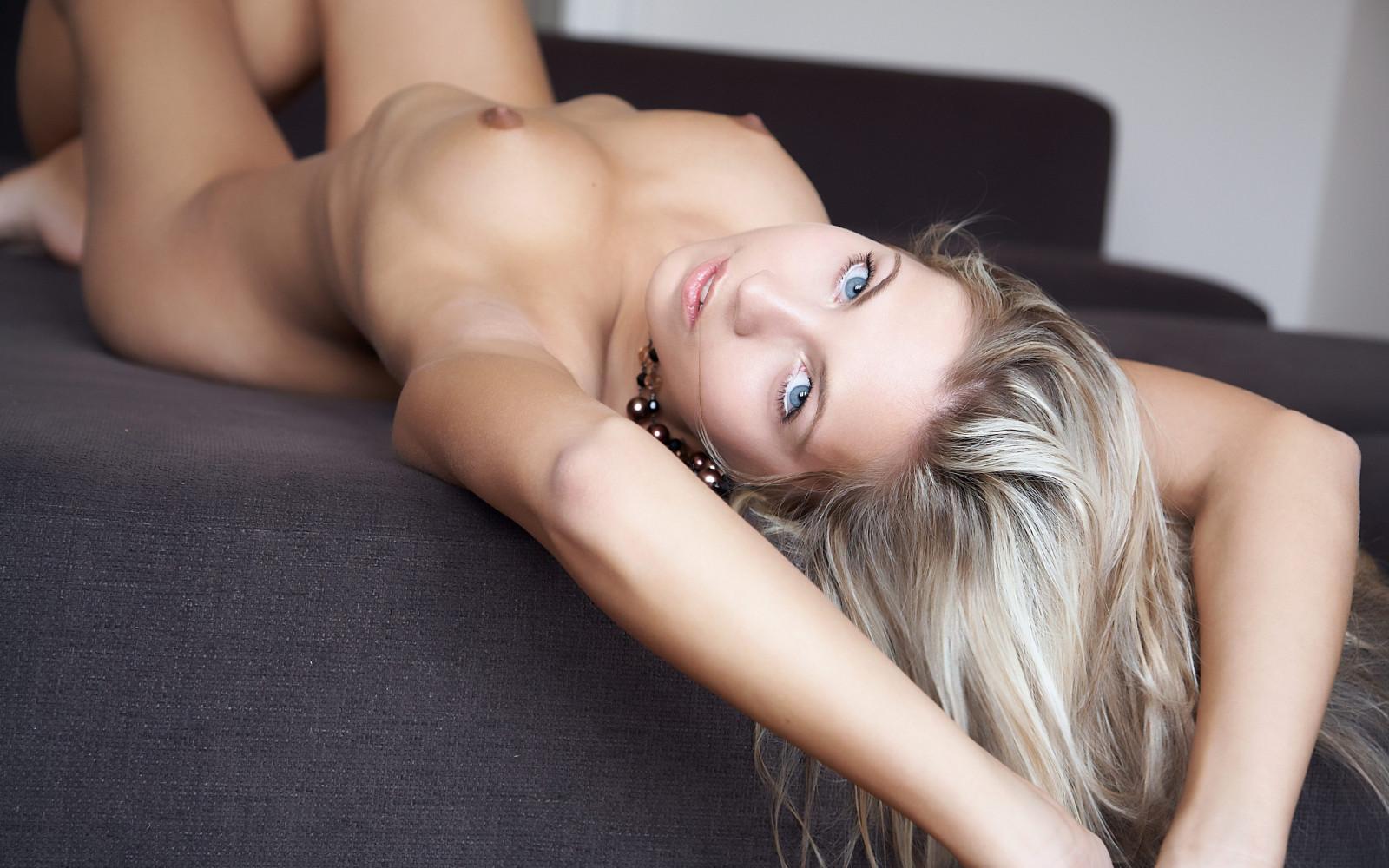 Голые высококачественные фото девушек — img 11