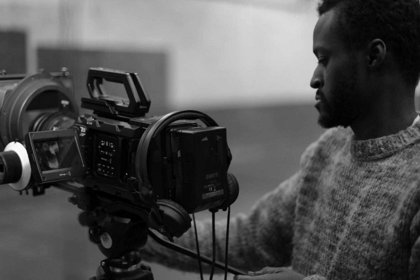 Wallpaper : director, filming, camera 2039x1359 - Medhi89 ...