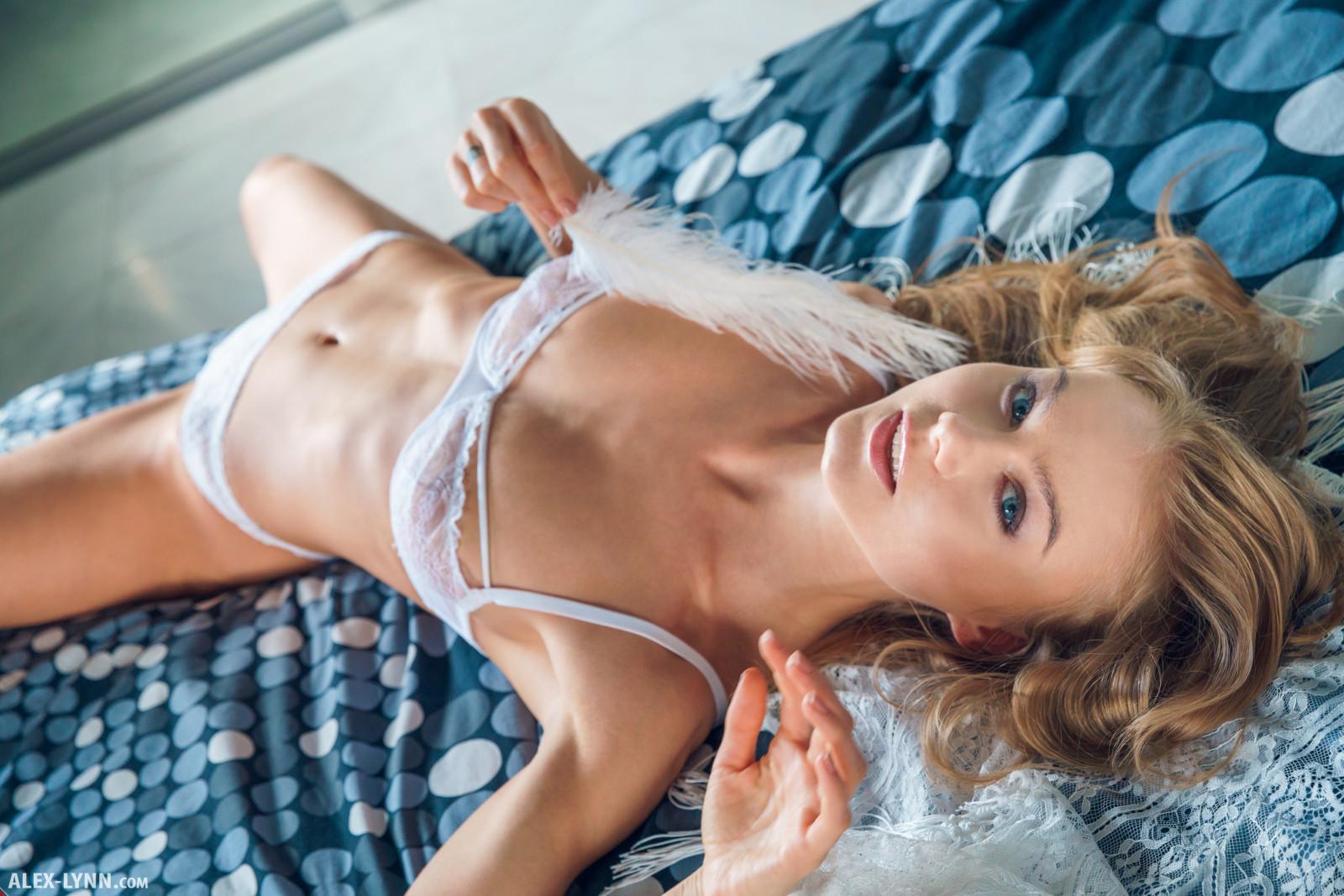 Wallpaper  Girl, Woman, Beautiful, Sexy, Model, Chest -2938