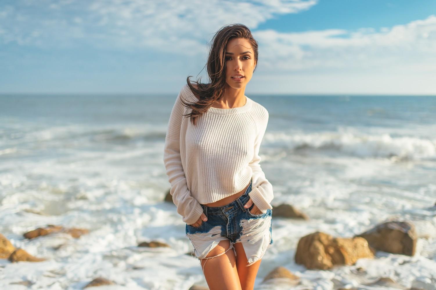 Wallpaper : model, sea, brunette, legs, photography, beach