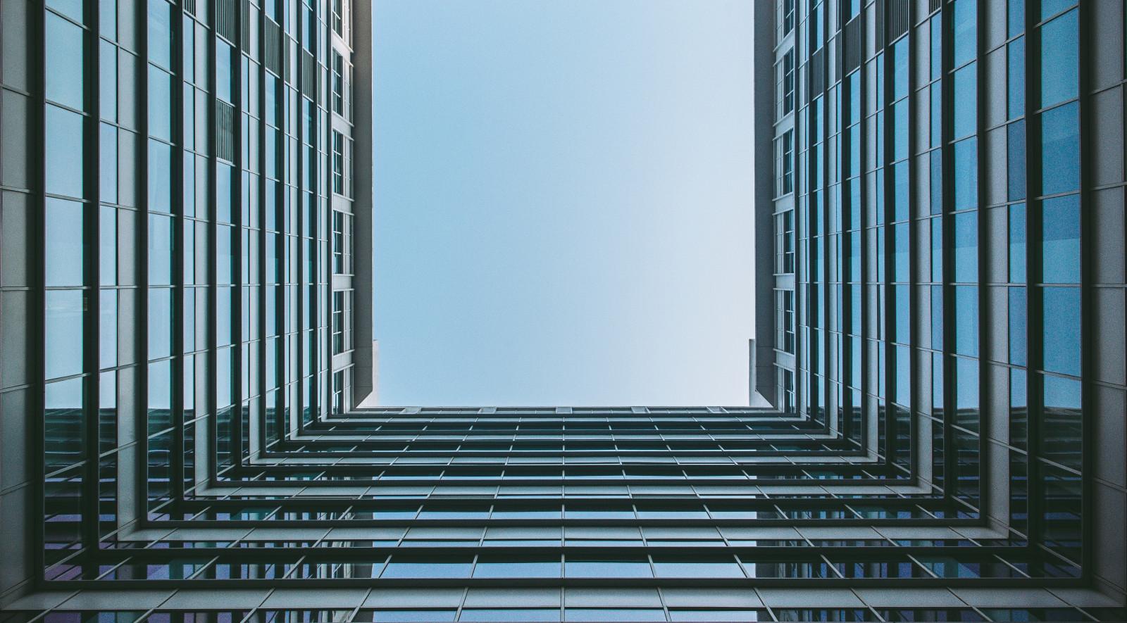 fond d 39 cran architecture minimalisme b timent sym trie maison gratte ciel bleu verre. Black Bedroom Furniture Sets. Home Design Ideas