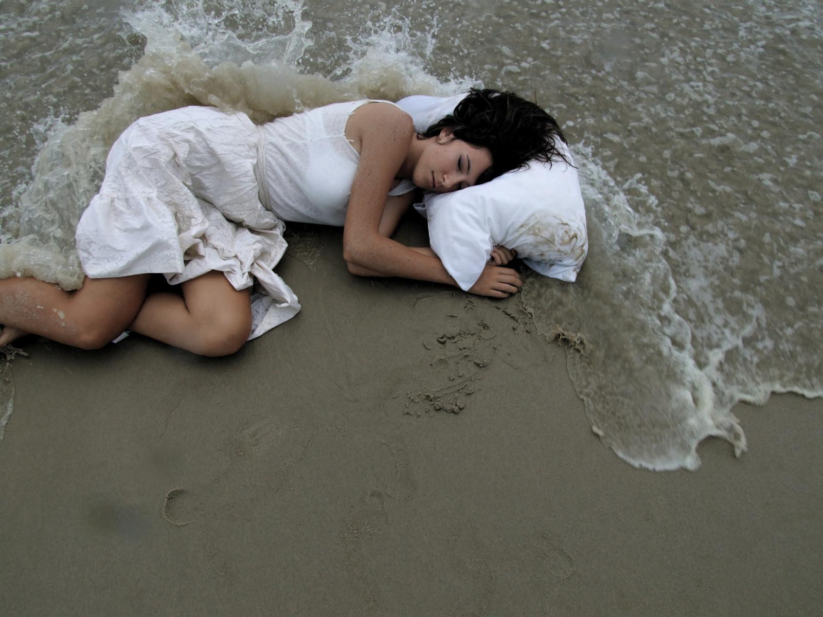 Днем, женщина на море картинки прикольные