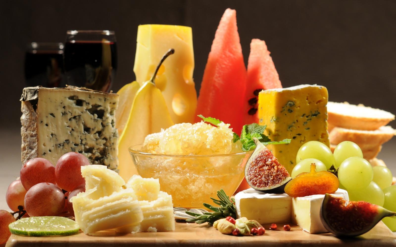 cheese_figs_corn_watermelon-631385.jpg!d