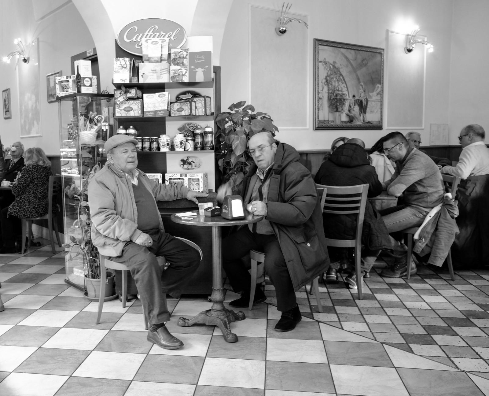 hintergrundbilder schwarz einfarbig stra e italien fotografie kaffee restaurant kultur. Black Bedroom Furniture Sets. Home Design Ideas