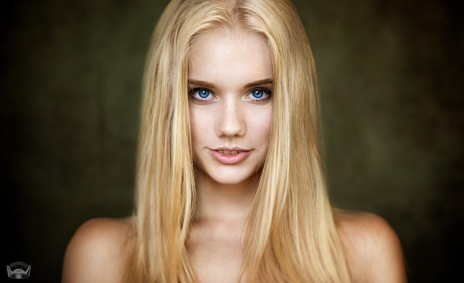Wallpaper Face Model Blonde Long Hair Blue Eyes: Wallpaper : Face, Women, Blonde, Depth Of Field, Simple