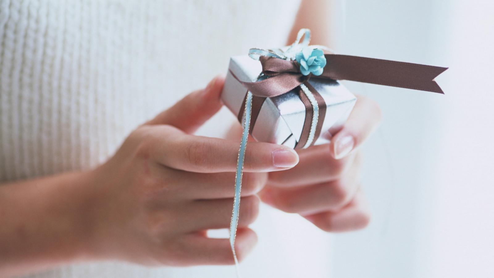 Небольшие подарки для девушки своими руками