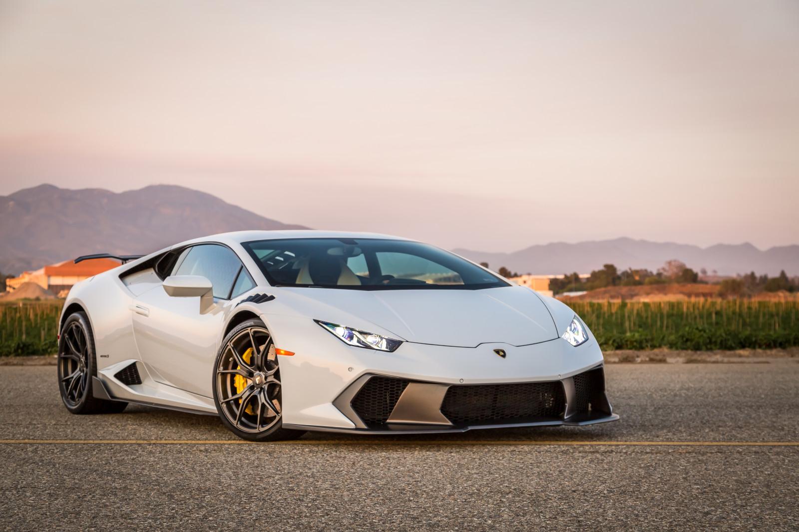 View trước Lamborghini Huracan
