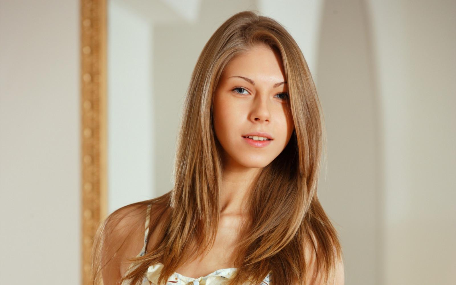 Wallpaper Face Model Blonde Long Hair Blue Eyes: Wallpaper : Face, Women, Model, Blonde, Long Hair, Blue