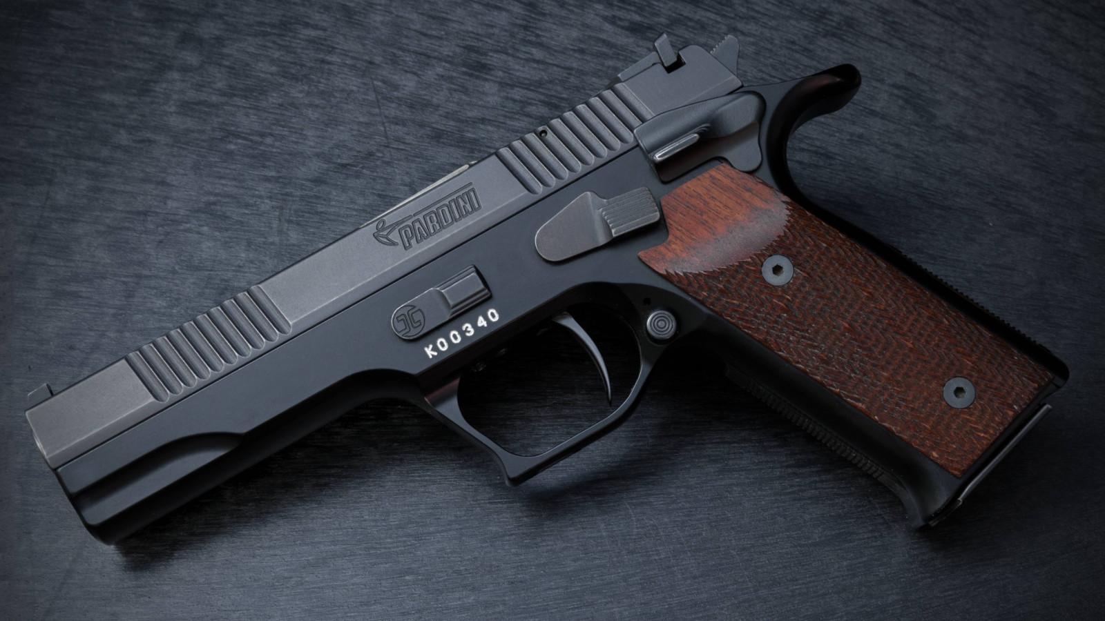 gun pistol pardini gt9 sporting pistol target pistol