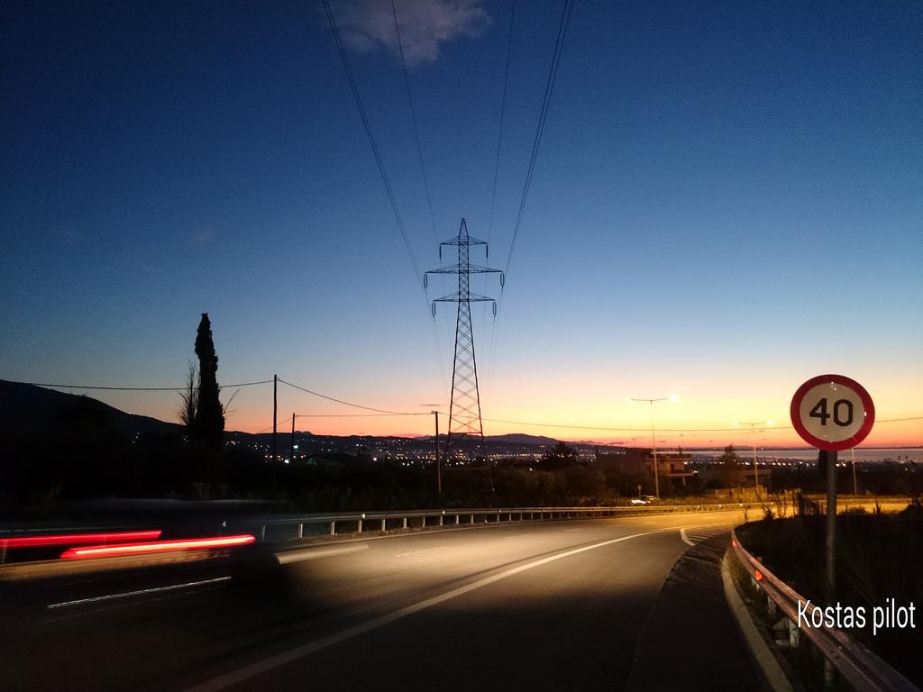 Wallpaper Pemandangan Lampu Jalan Olahraga Matahari Terbenam