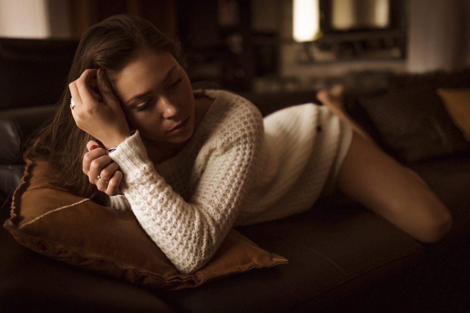 women, Model, Legs, Sitting, Christmas, Sweater, Christmas