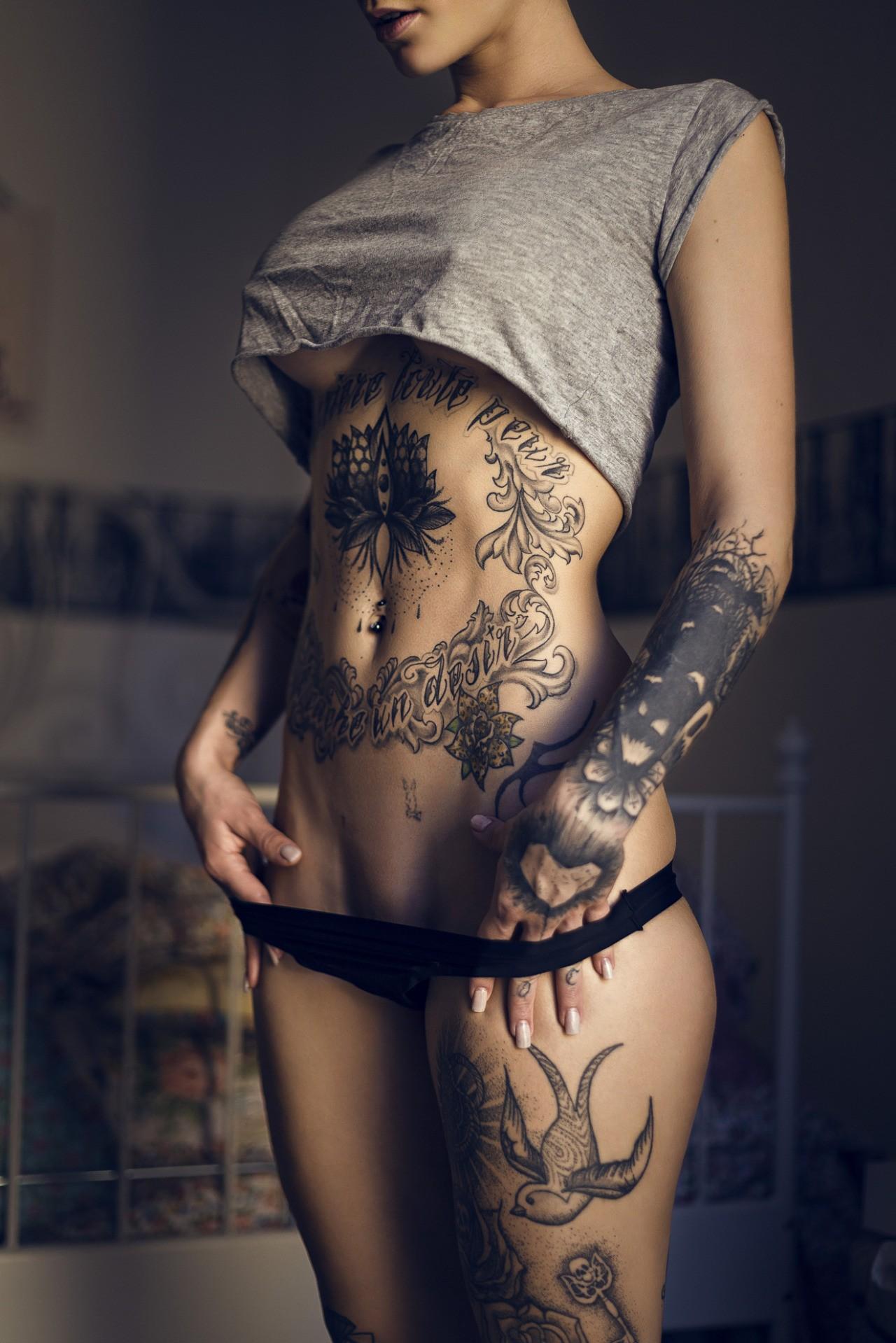 Fondos de pantalla : mujer, modelo, tatuaje, Moda, vientre, lencería ...