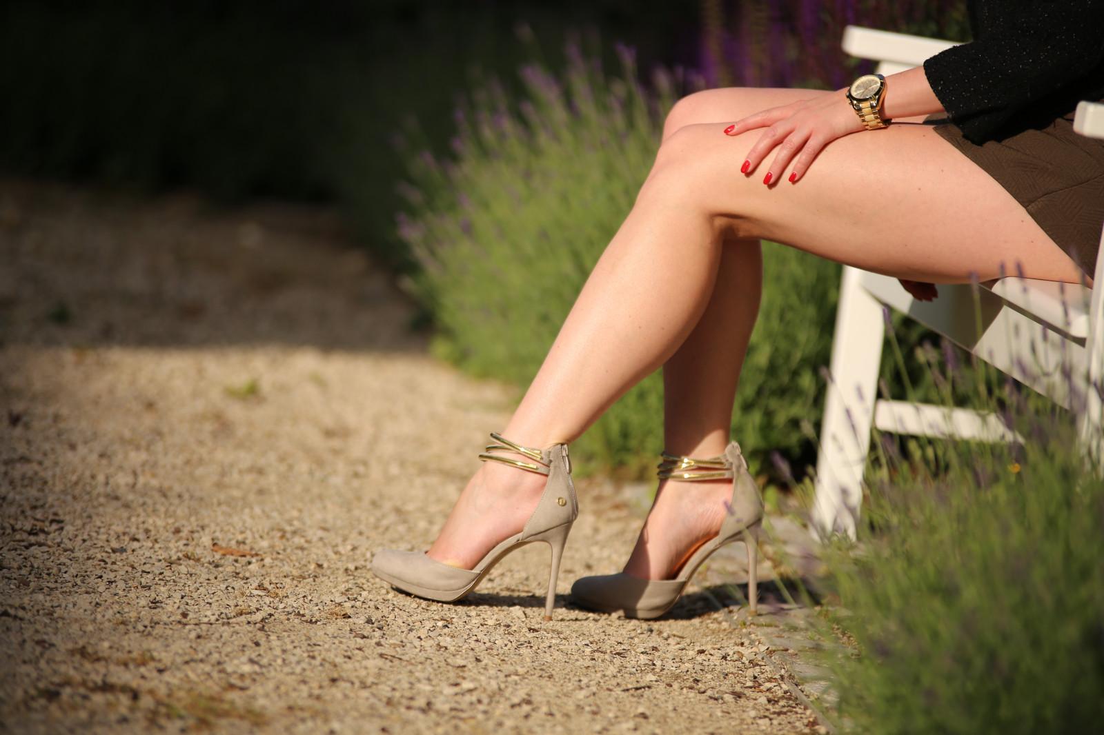 красивые босые женские ножки только видео краснушки, мальчуган
