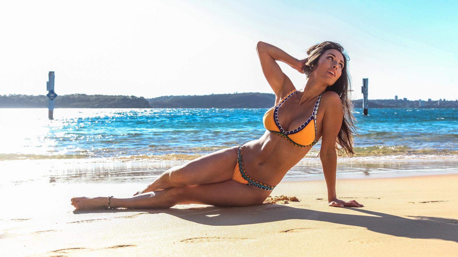 Podcast video bikini — img 3