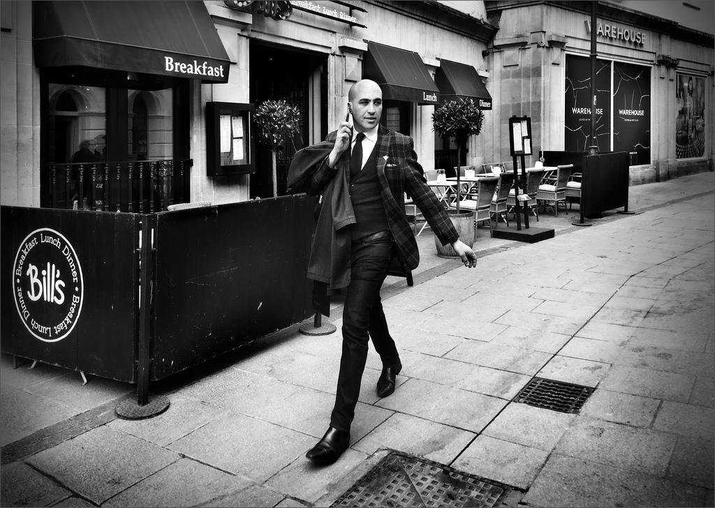 Blackandwhite Style Photograph Darkness Candid Elegant Talking Snapshot Cheltenham Urban Area Black And White Monochrome Photography