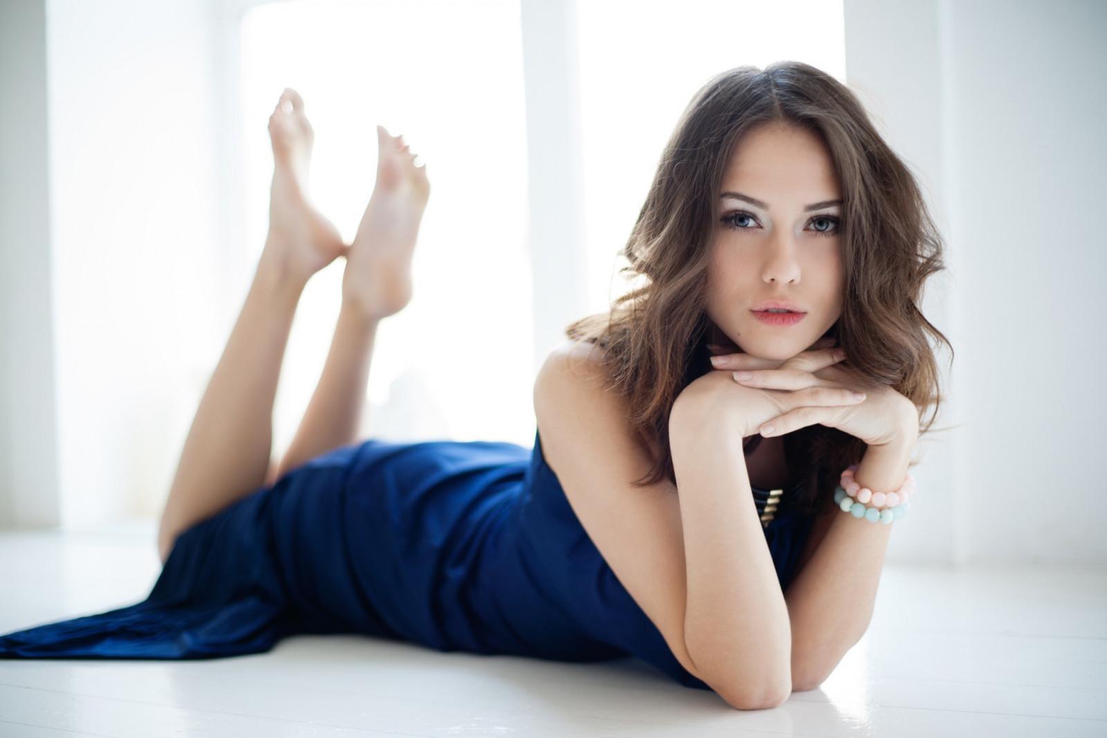 Смотреть фото максим, Фото голых знаменитостей из журнала Максим без цензуры 20 фотография