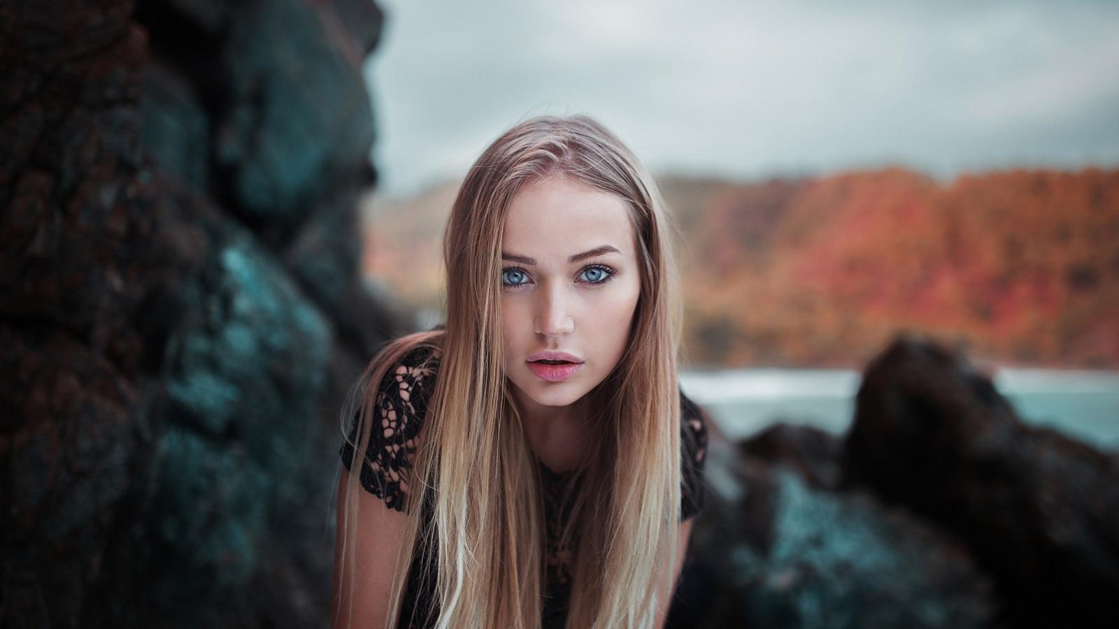 Wallpaper : women, model, portrait, blonde, depth of field