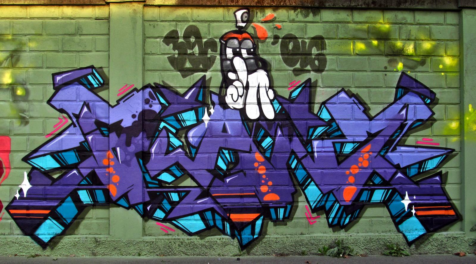 Sfondi nero donne città cielo parete verde cartone