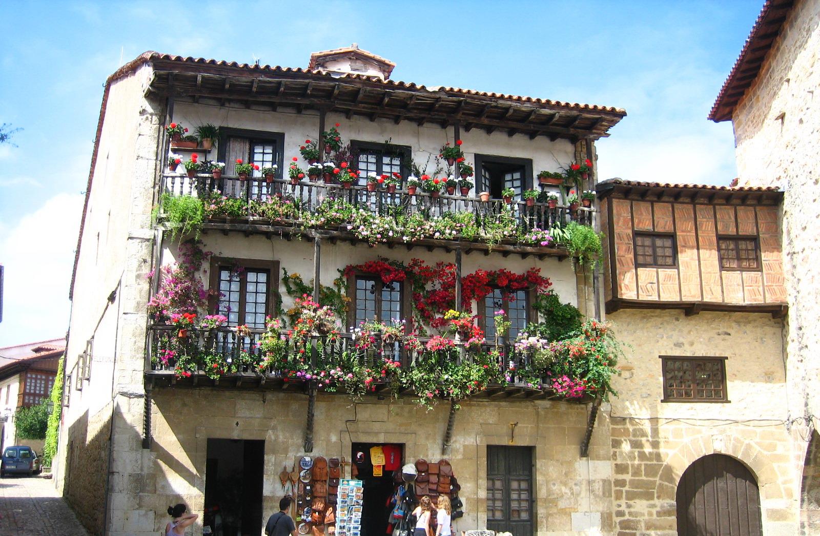 Fondos de pantalla ventana flores calle edificio - Casas gratis en pueblos de espana ...