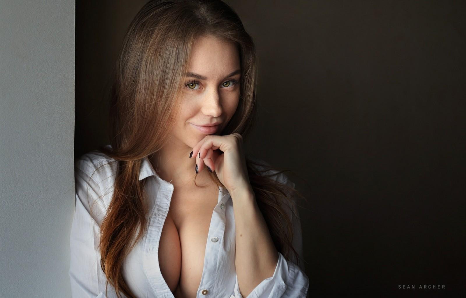 Best tits model