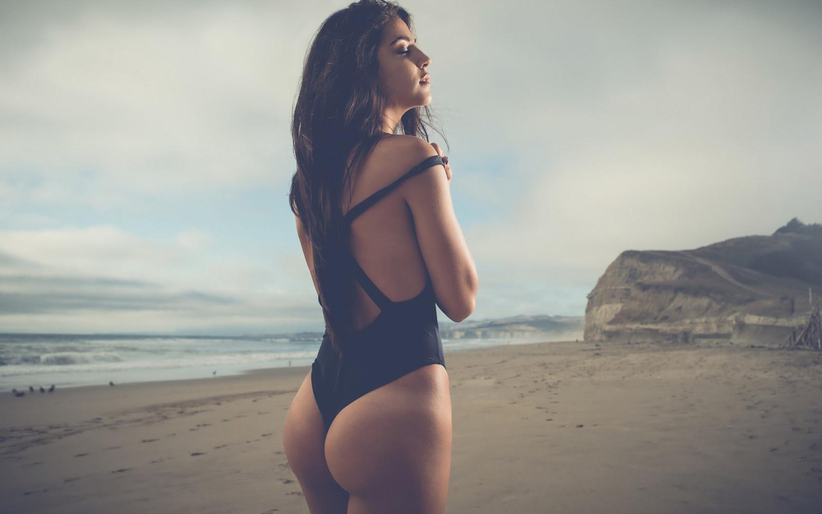 невозможно очень фото красивых девушек брюнеток шатенок в купальниках всчякие наслаждения если