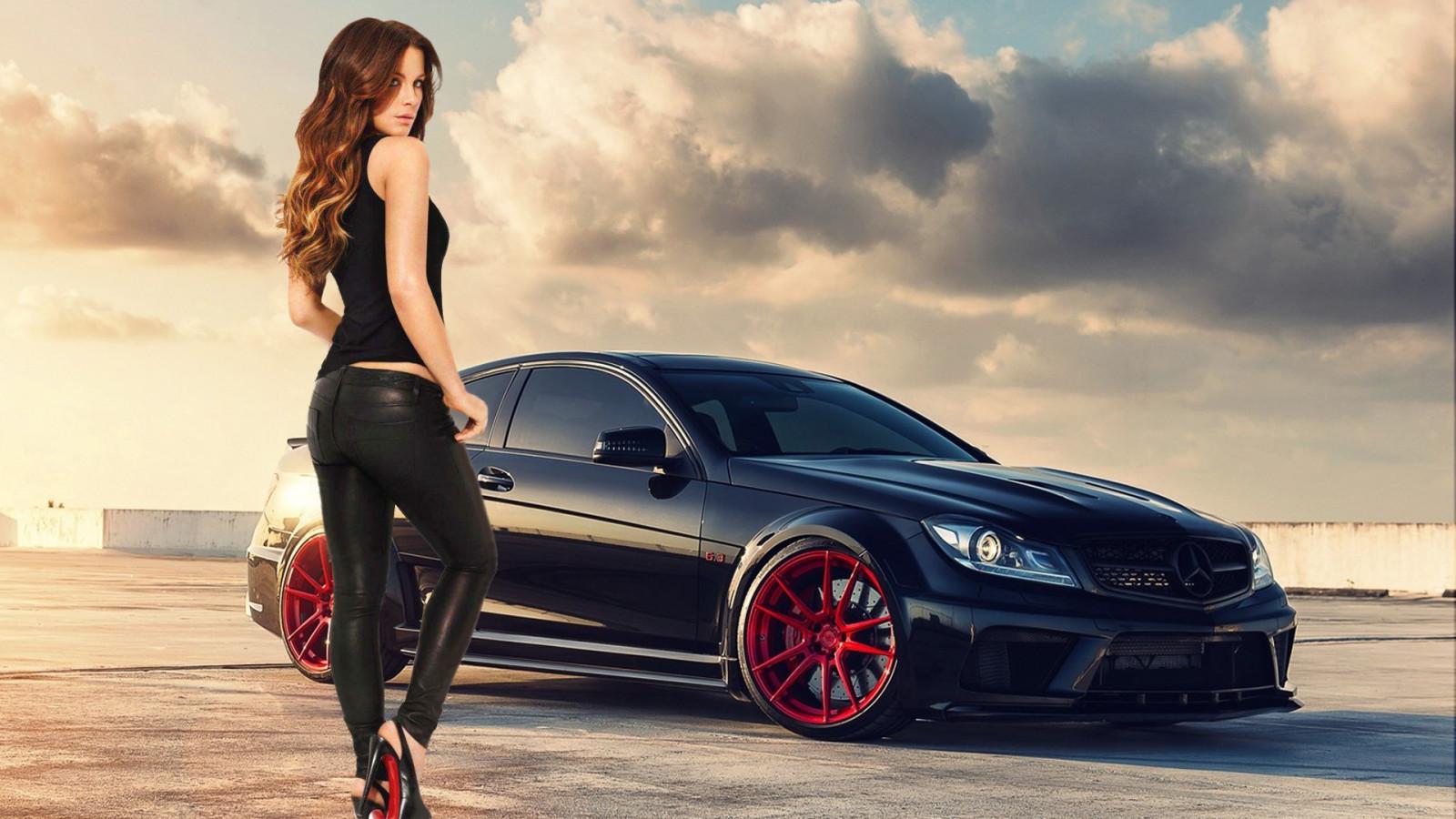 Wallpaper actress women with cars mercedes benz for Mercedes benz build a car
