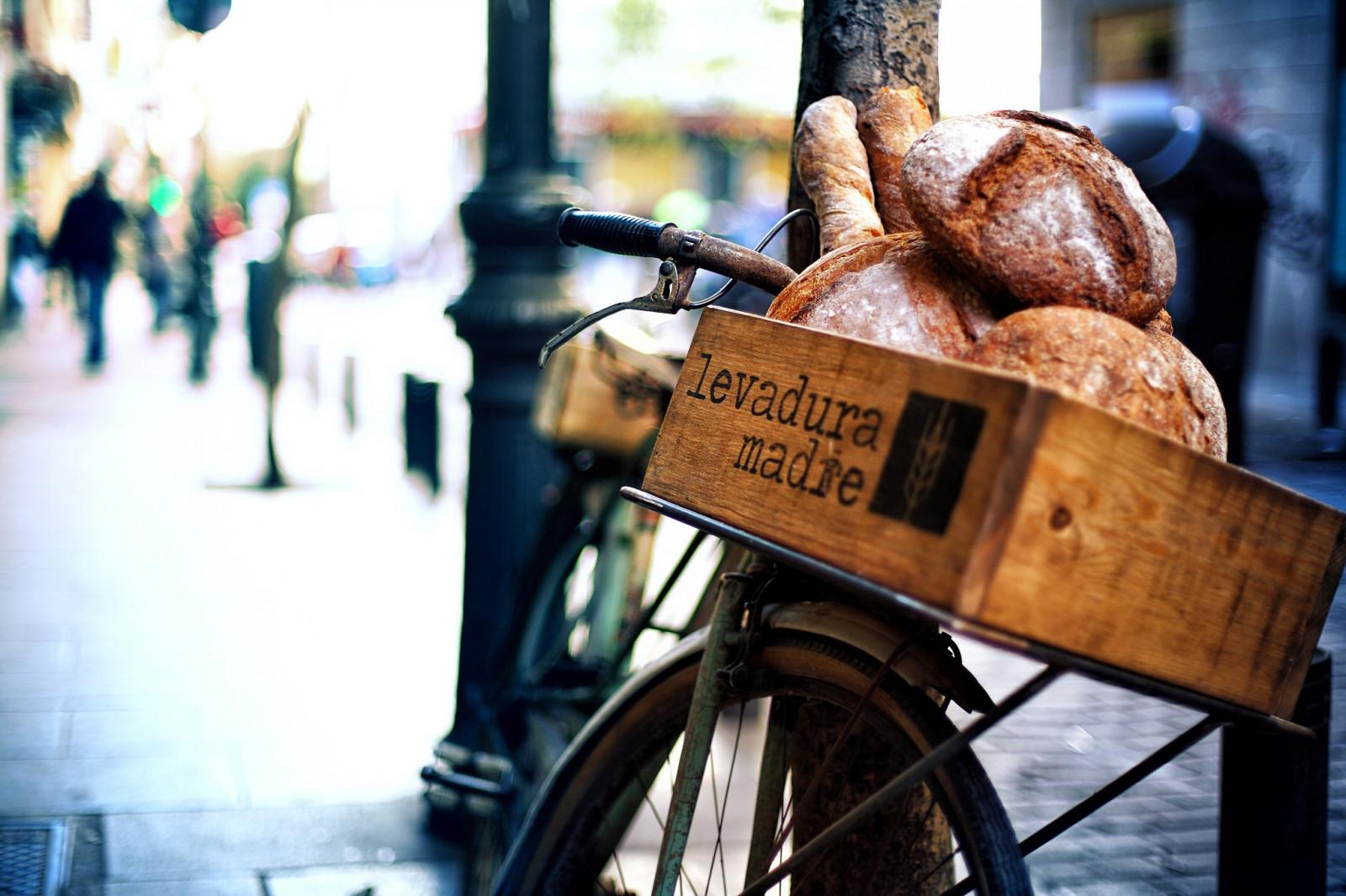 2048x1365 px vélo pain ville aliments Urbain véhicule