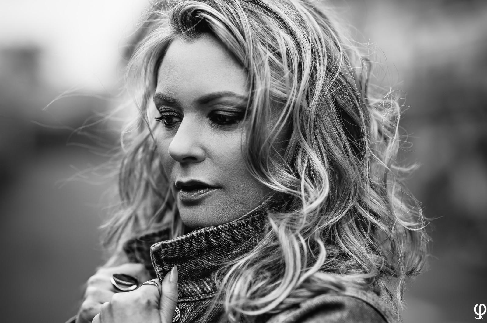 Wallpaper : face, contrast, model, blonde, long hair, urban, Nikon