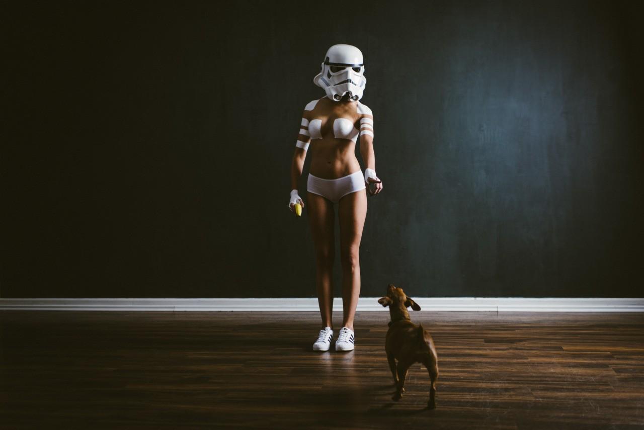 デスクトップ壁紙 スターウォーズ 女性 犬 ファッション