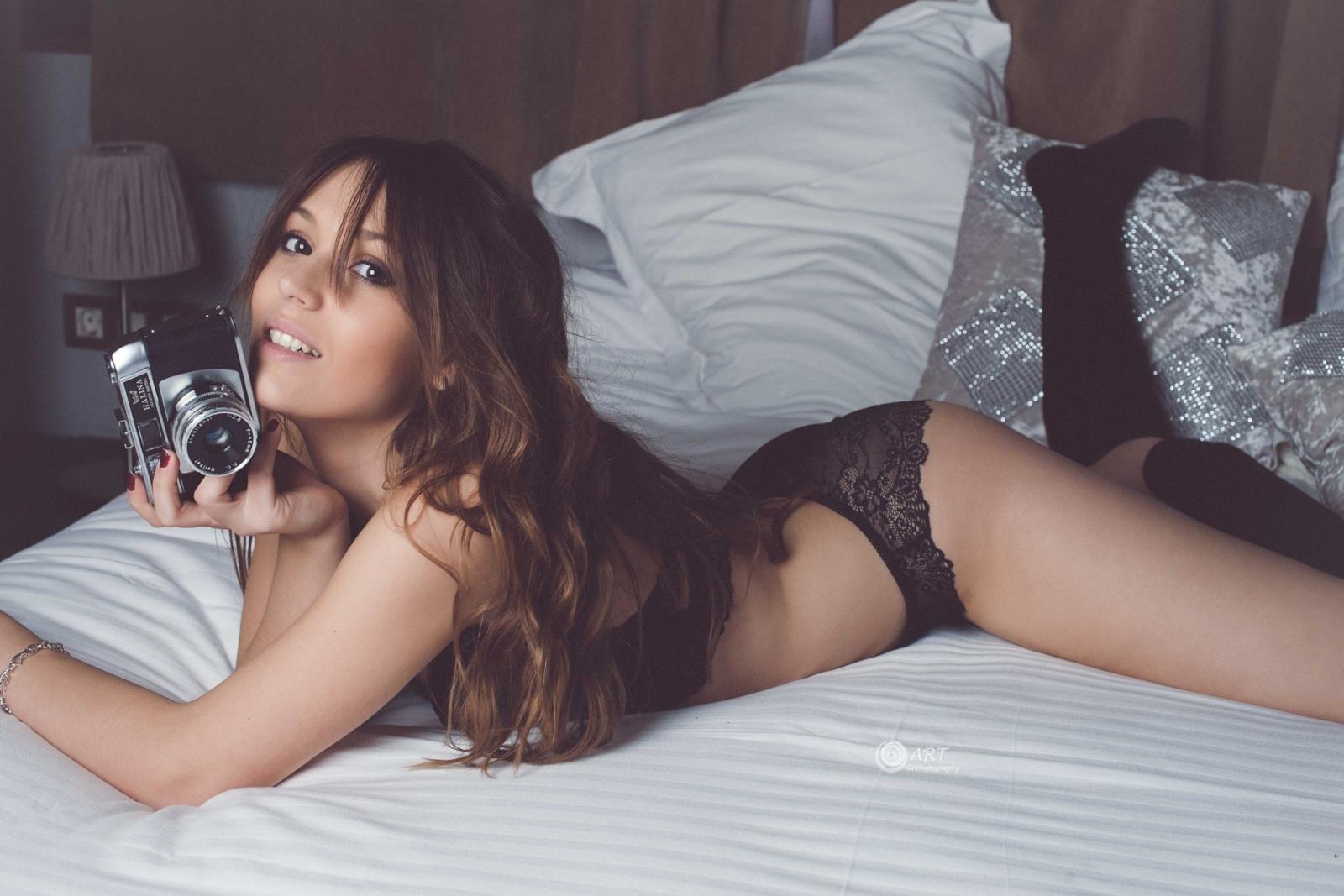Wallpaper : women, model, long hair, brunette, ass, in bed
