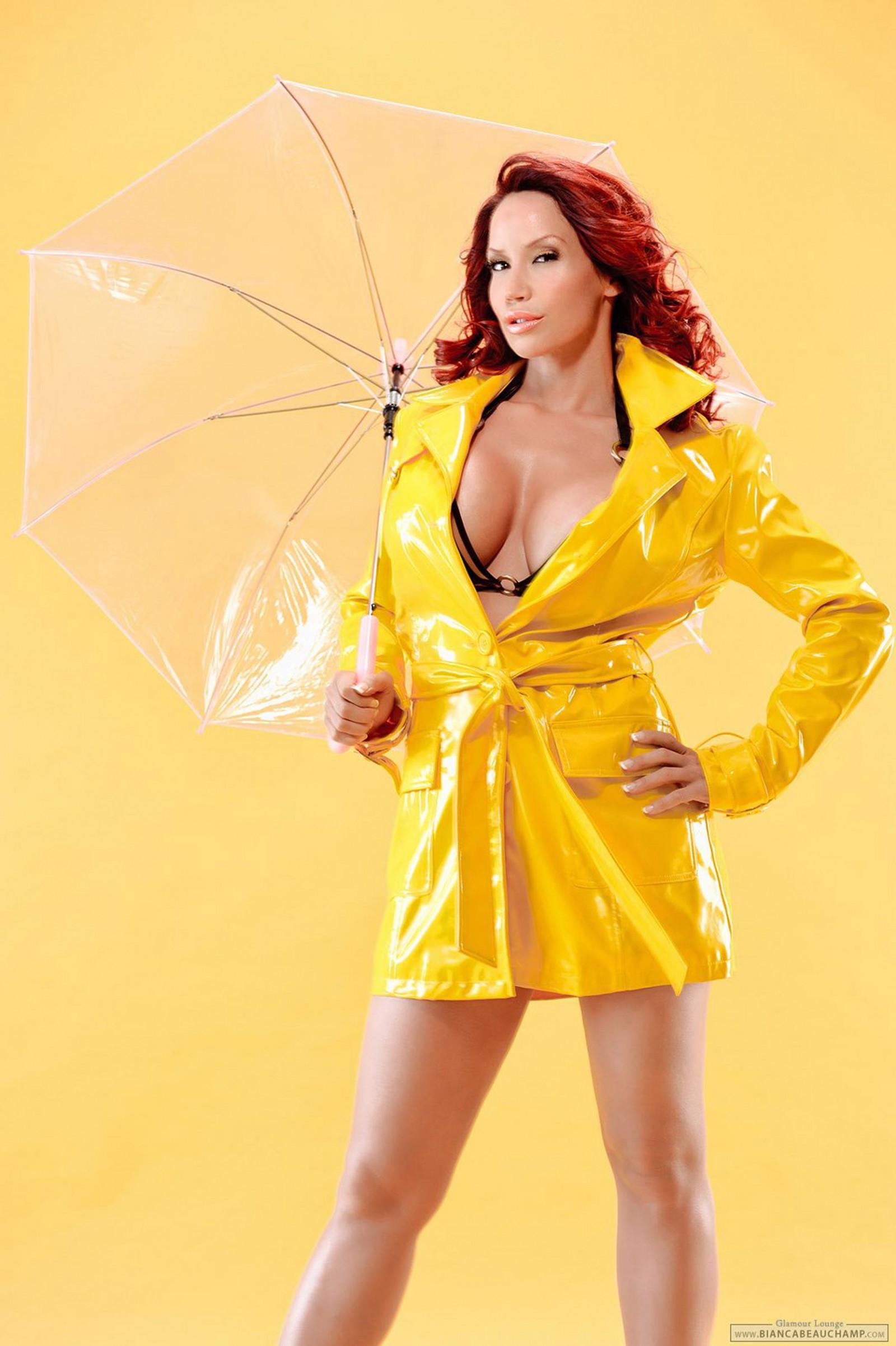 Wallpaper  Women, Redhead, Model, Simple Background, Big Boobs, Cleavage, Bikini -6918