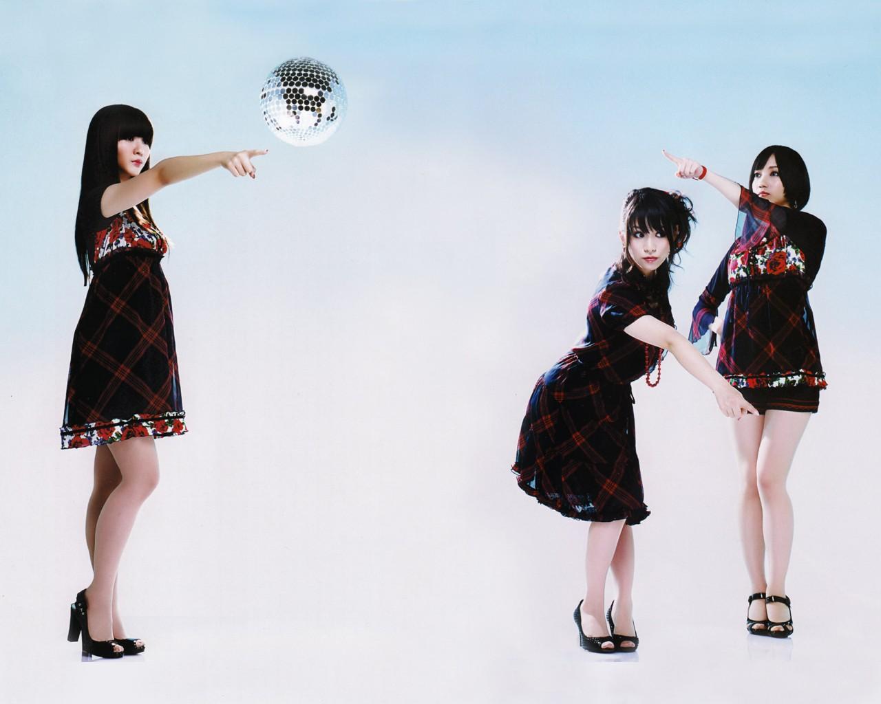 2fca9fb2d9eb kjole mønster mode forår Parfume Akan kashiyuka Nocchi tøj kvinde design  kostume Photo shoot