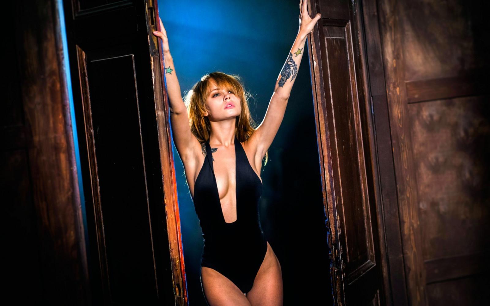 women, model, blonde, looking away, brunette, Anastasia Scheglova, arms up, tattoo, armpits, cleavage, fashion, boobs, one piece swimsuit, Vladimir Nikolaev, Vavaca, beauty, muscle, photo shoot, performance art