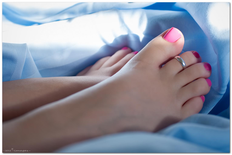 Фото красивых женских пальчиков на ножках