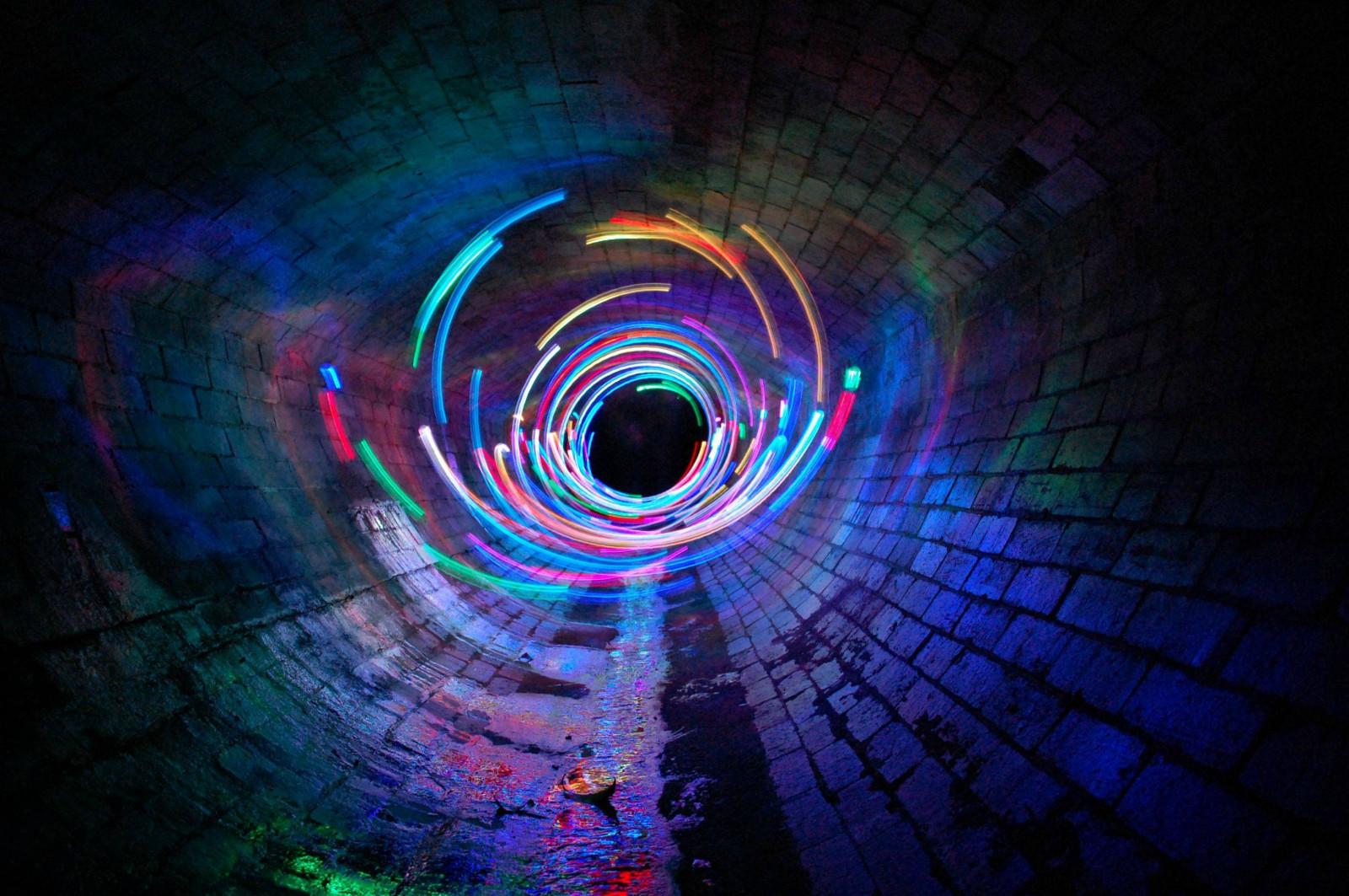 30 Light Effect Wallpapers To Liven Up Your Desktop: Wallpaper : Long Exposure, Spiral, Symmetry, Blue, Light