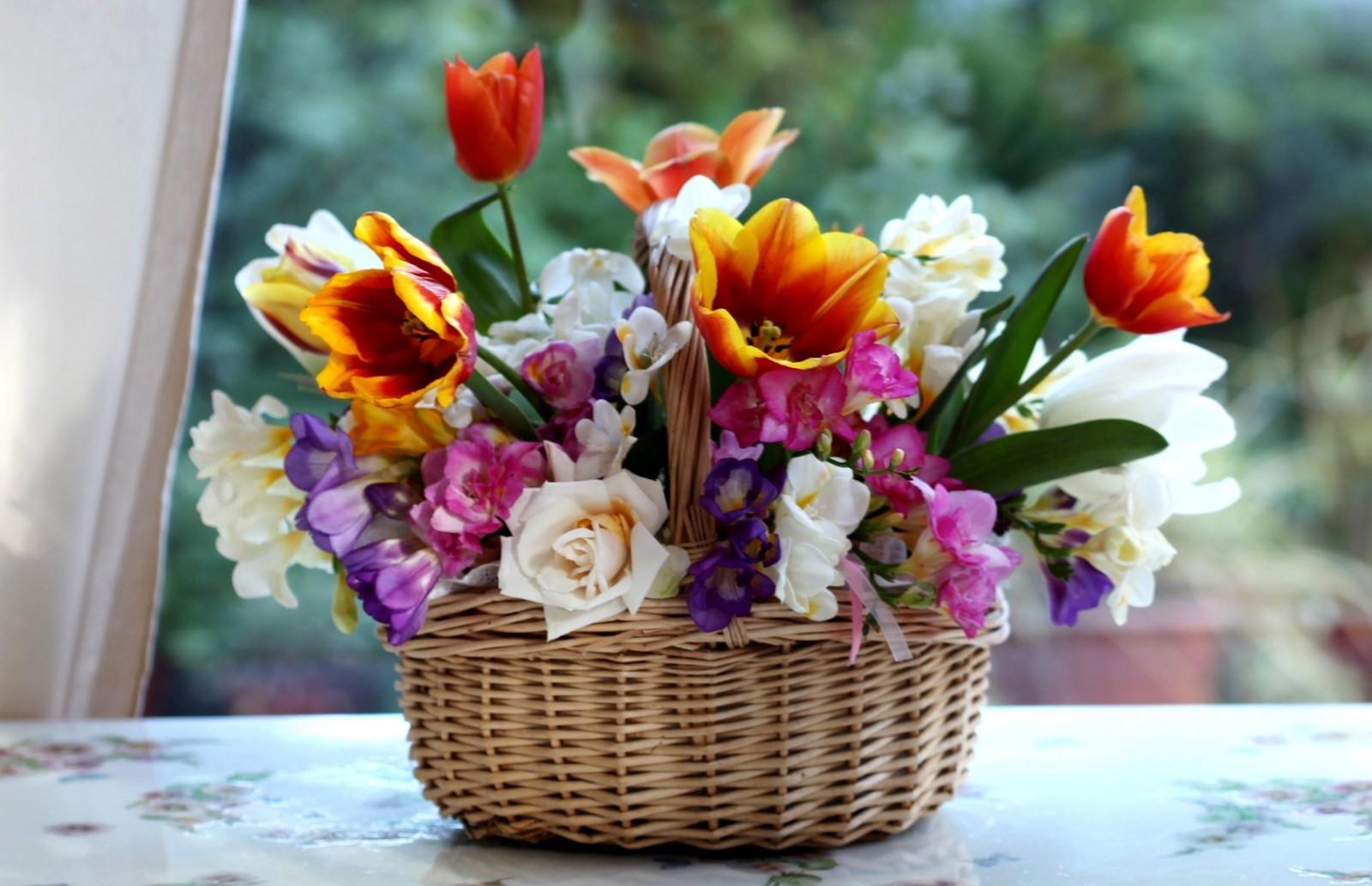 Картинки с цветами розы и тюльпаны, днем рождения девочке