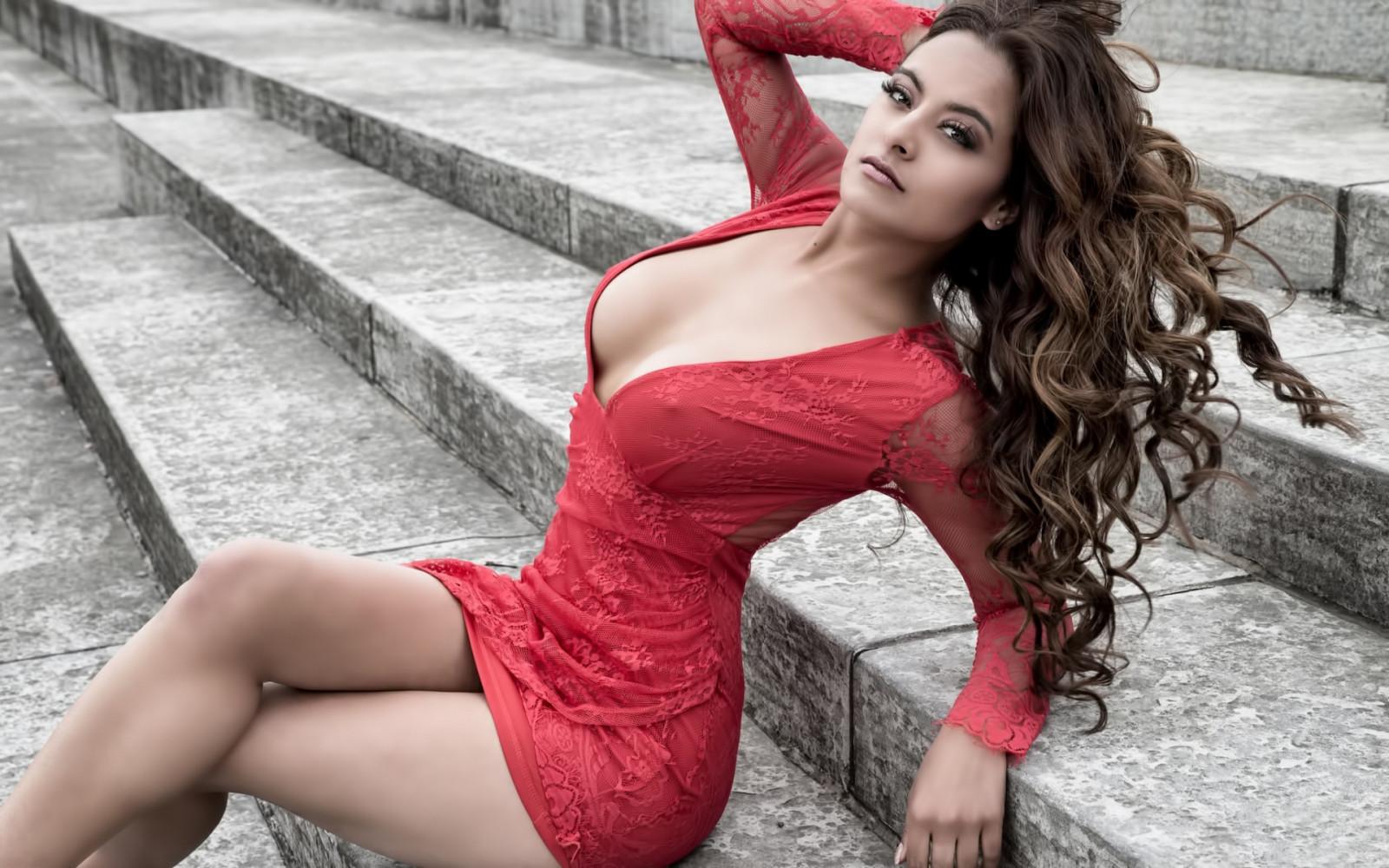 dating-sexy-women-biggest-vagina-video