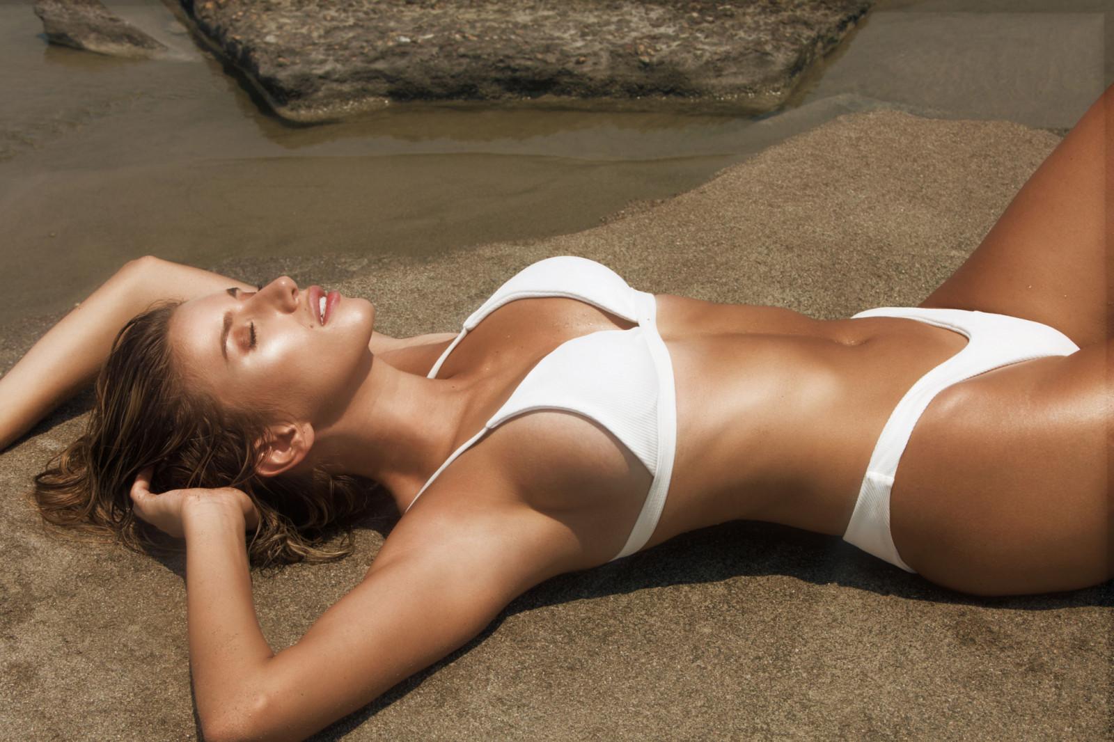 bikini-white-woman