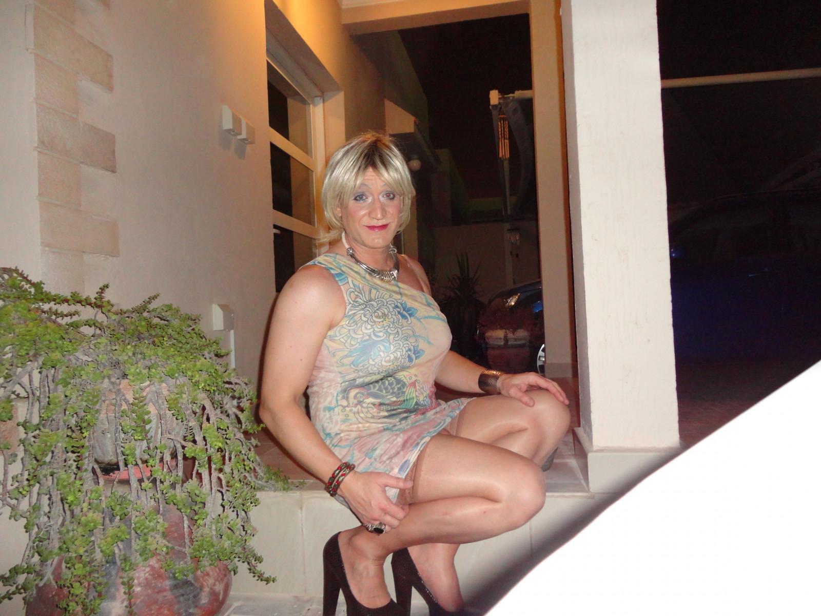 salope ivoirienne salope en mini robe
