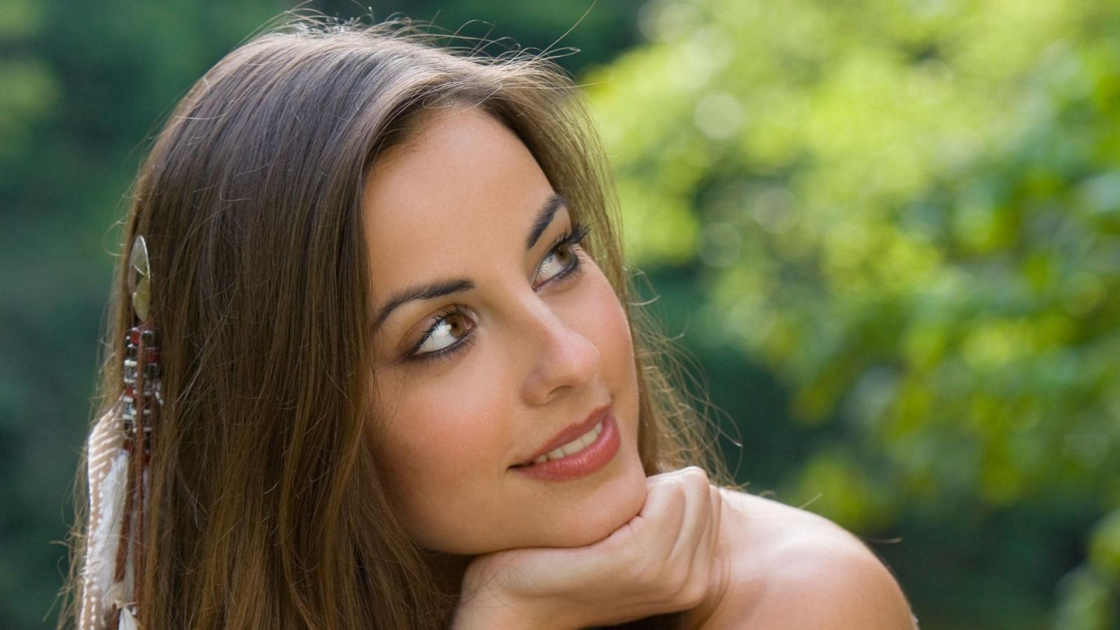 Beautiful spanish girls photos
