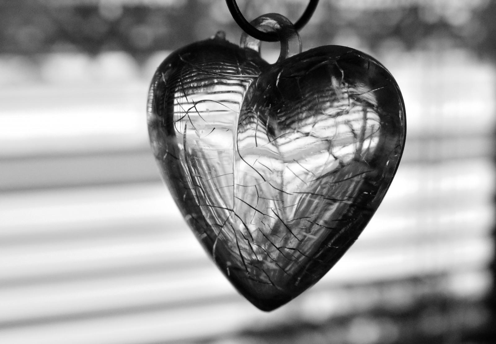 Fondos De Pantalla : Monocromo, Amor, Corazón
