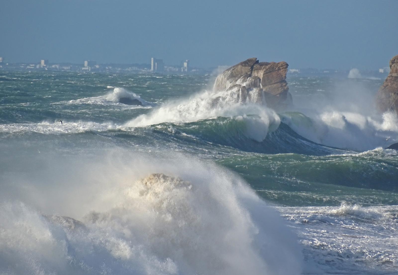 Fond d'écran : France, Bretagne, Morbihan, armure, Mer, Vagues, Rochers, Tempête 5184x3588 ...