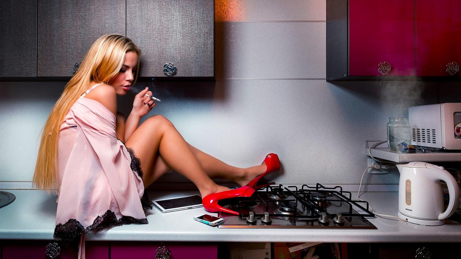 начала полностью рекламные фото моделей девушек на кухни фильмы интересные
