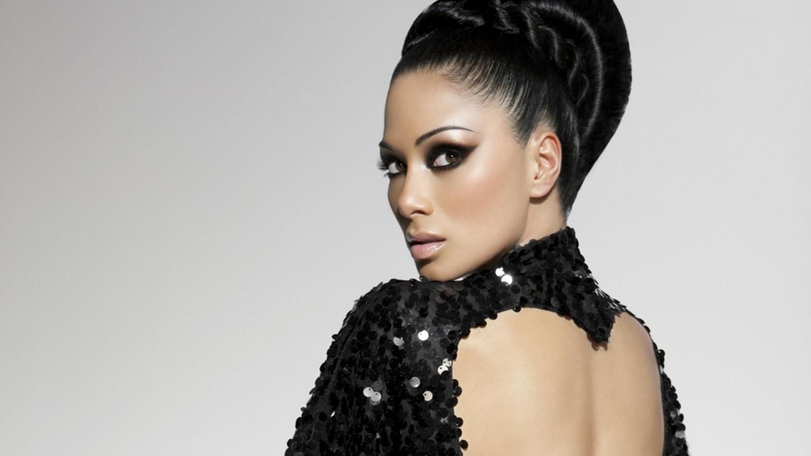 Black hair fashion models