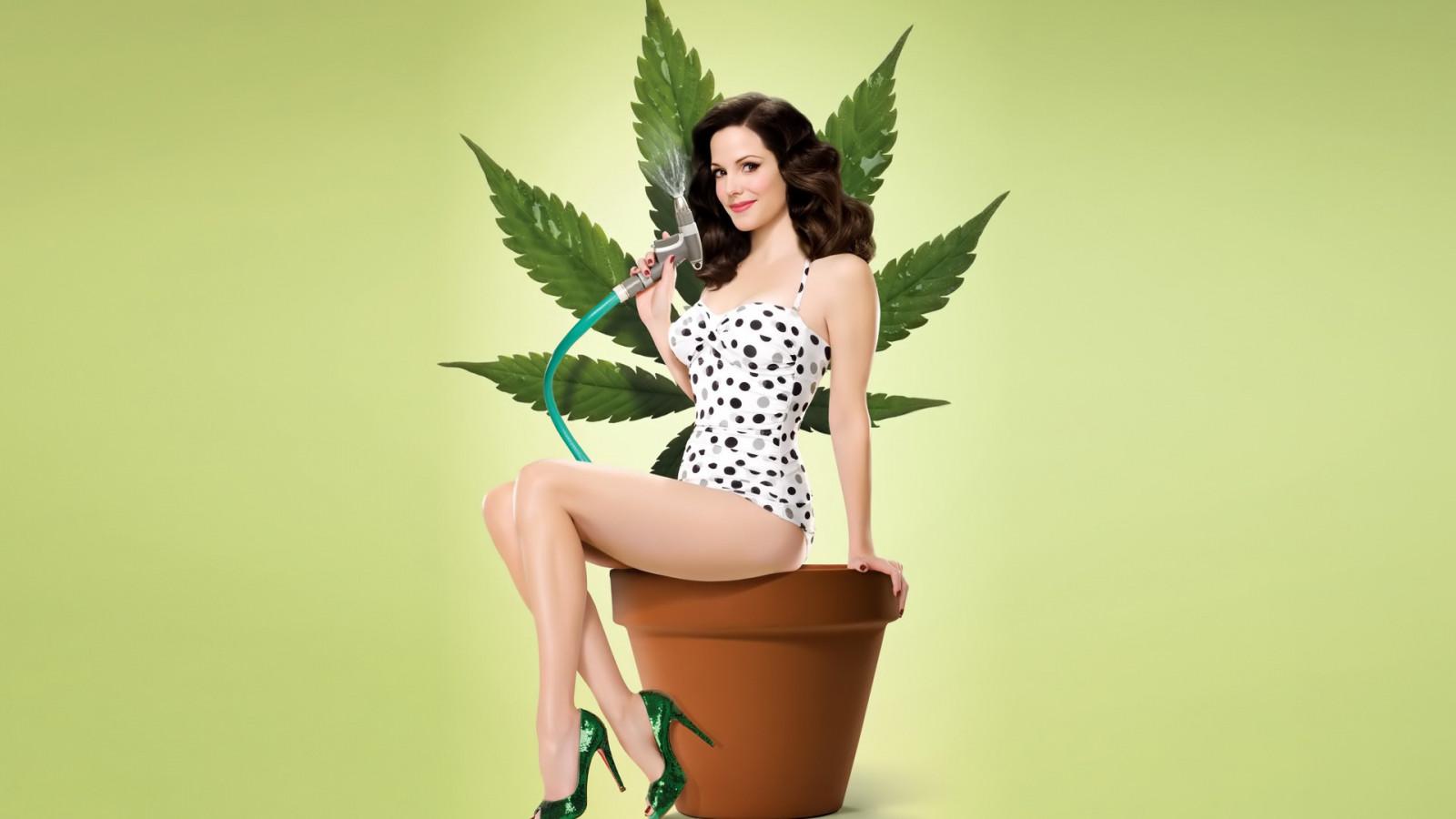 Обои конопля девушки марихуана температурах курить можно при