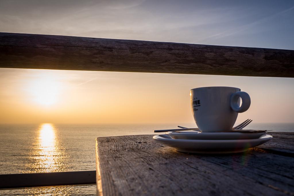 Картинки кофе утром на рассвете, сделать бутерброд