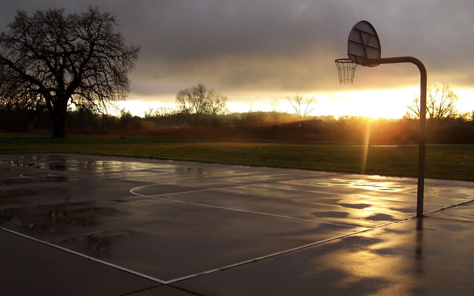 Impianti sportivi sportilluminated illuminazione per campi