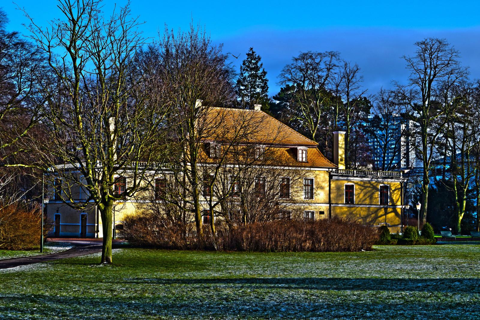 Fond d 39 cran des arbres jardin b timent herbe ciel for Extension maison zone rurale