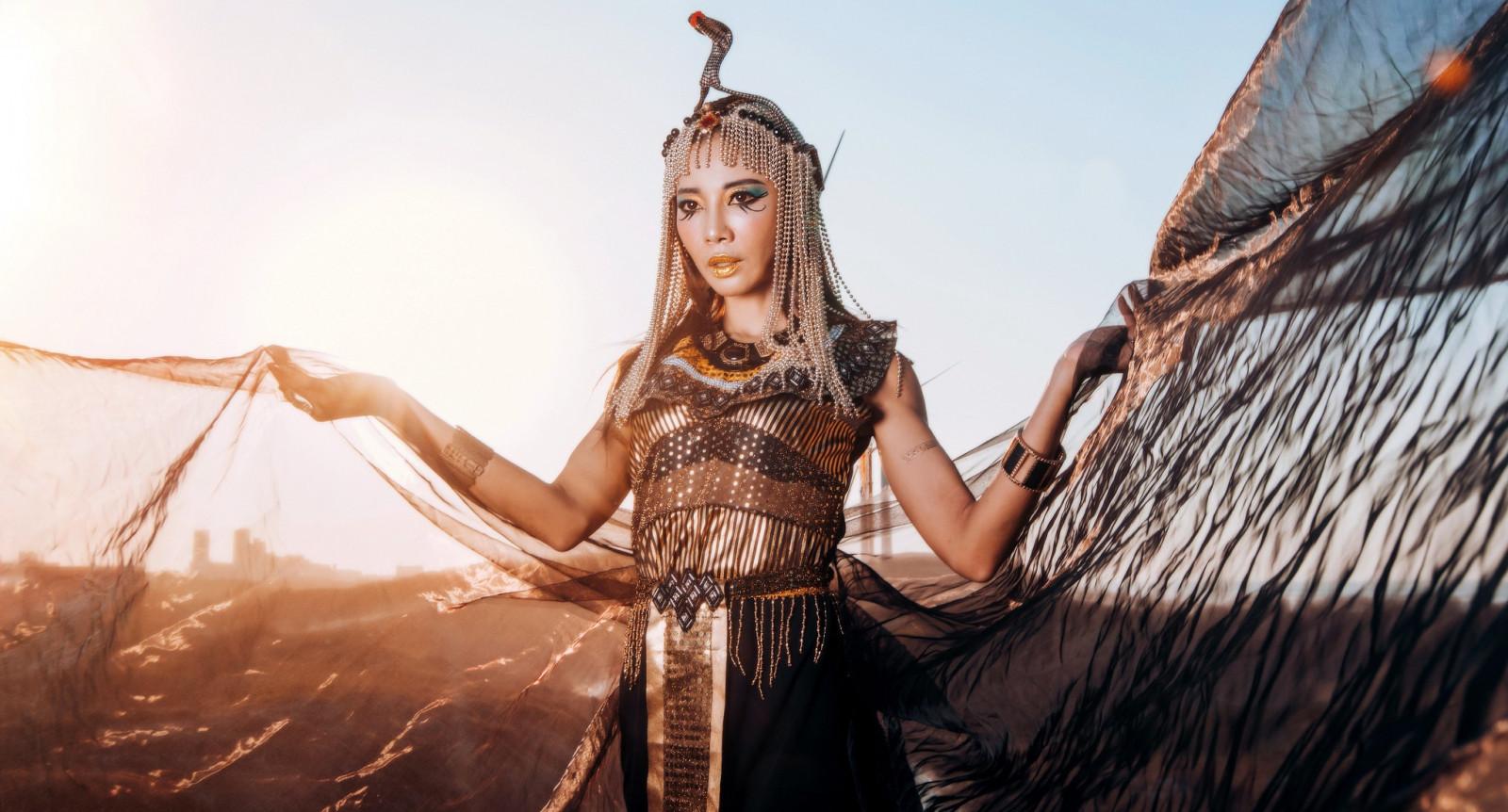 того, фотомодели девушки египтянки трубочки