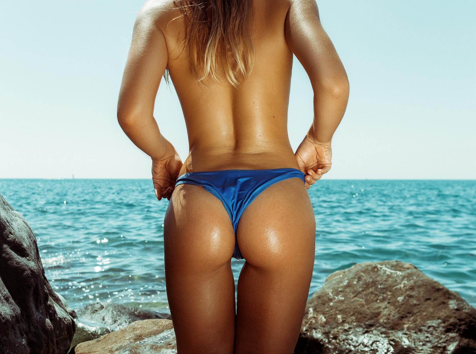 картинки девушек в стрингах на море нас теперь